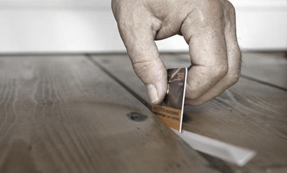 Как правильно убрать скрип пола своими руками 82