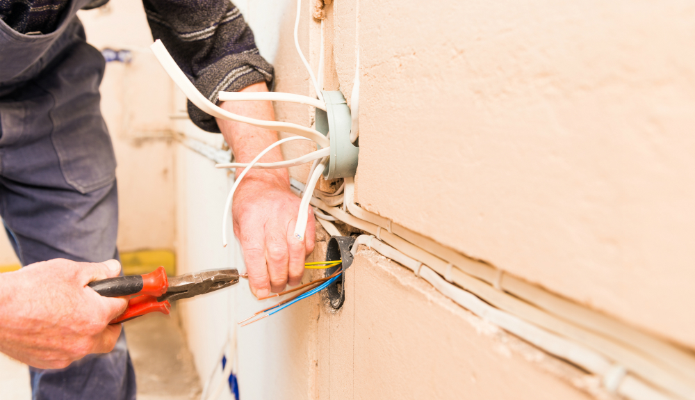 Warning Signs Of Home Electrical Problems