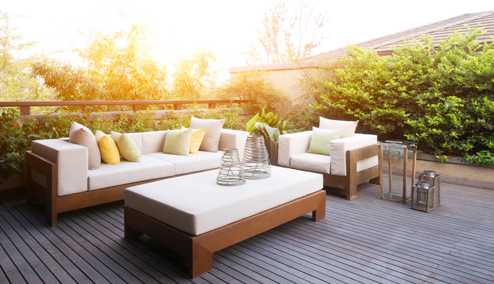 Ways To Clean Your Patio Furniture Before Summer